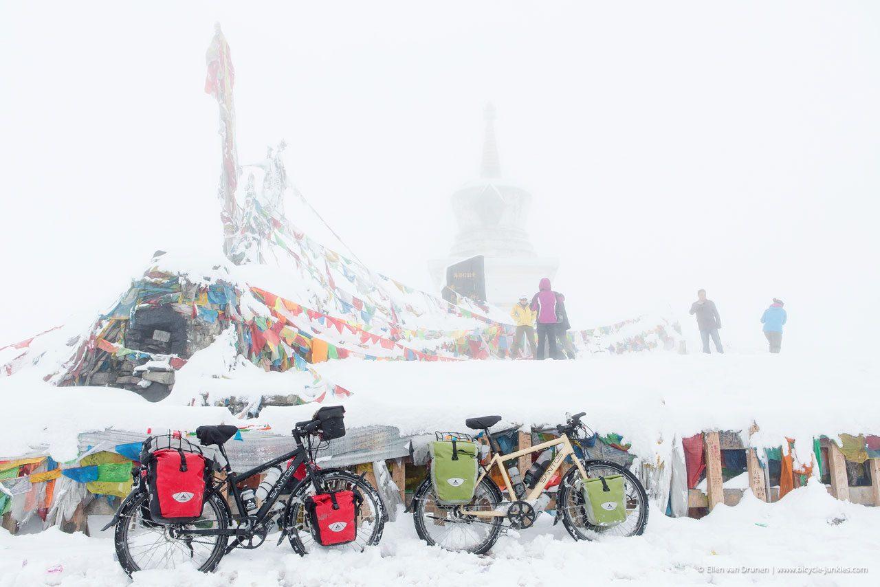 Cycling in Sichuan China