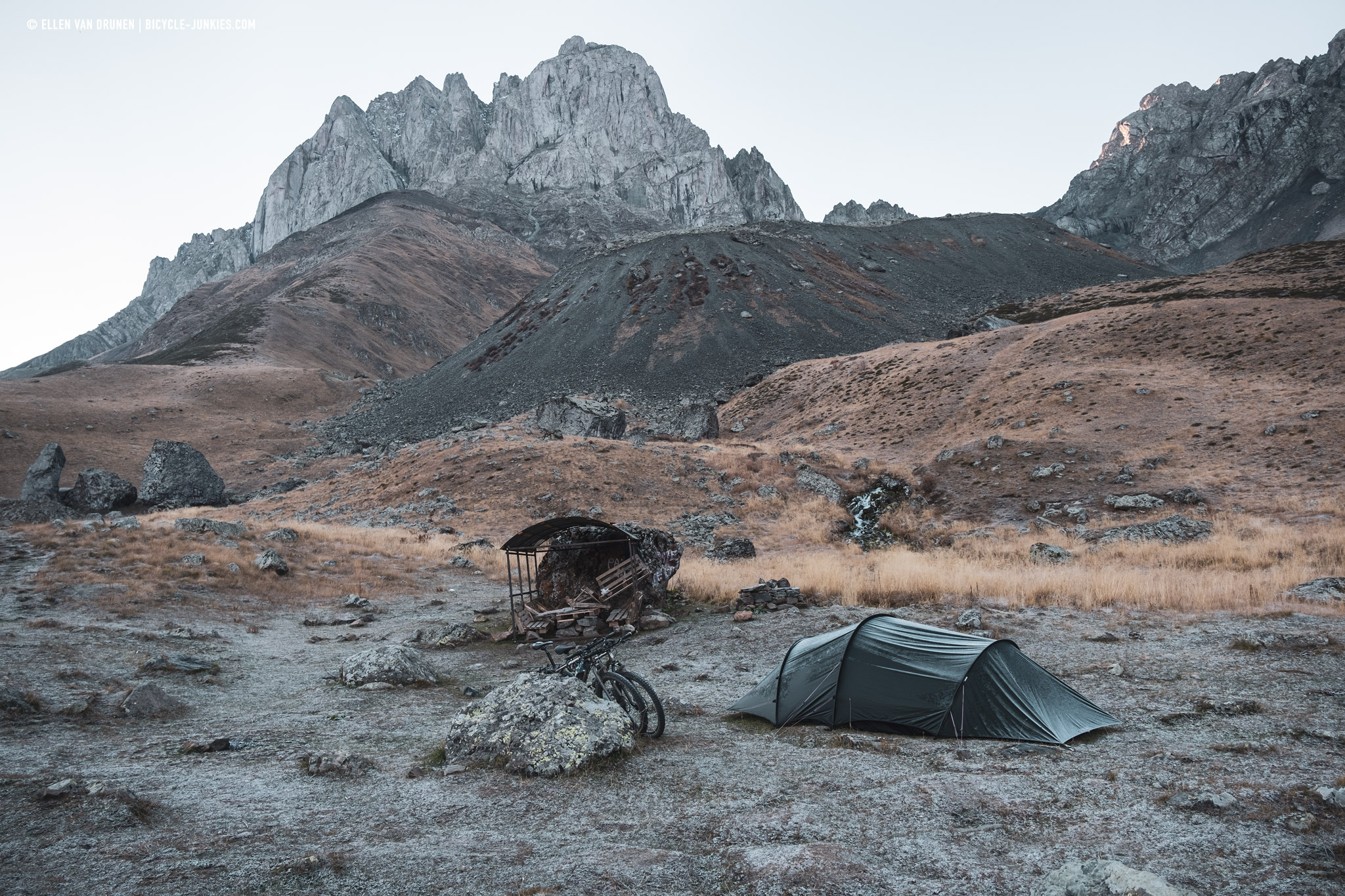 Camping at the bottom of the Chaukhi pass