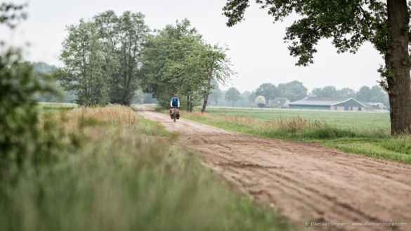 Cycling in the Netherlands on an Avaghon X29