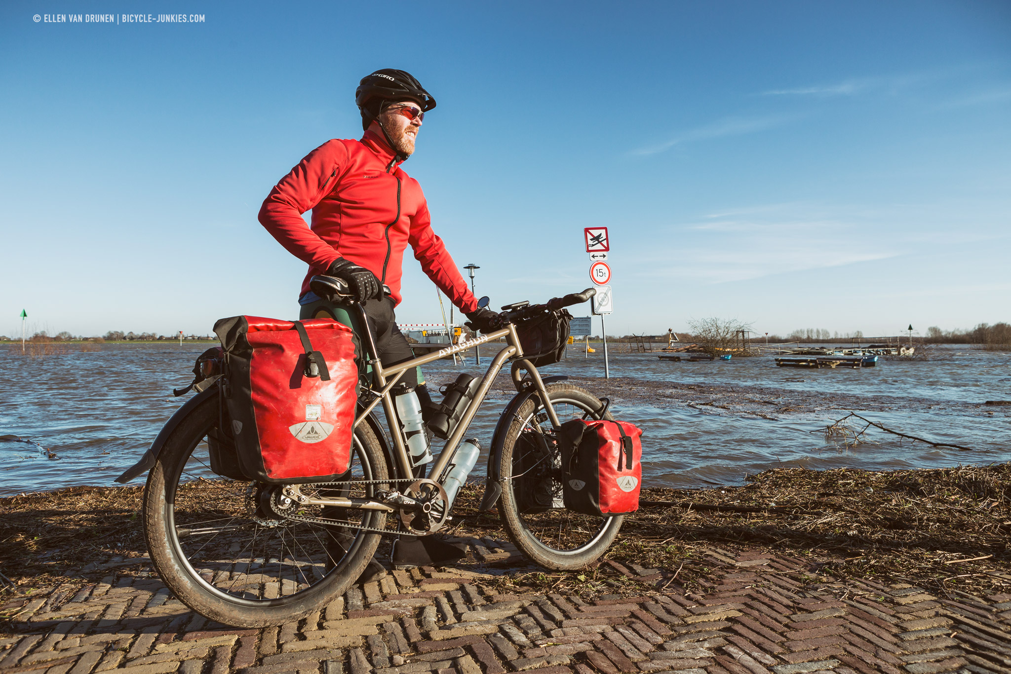 Cycling the Veluwe on an Avaghon X27.5