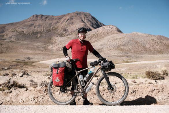 Elmar at the 4700m pass