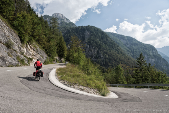 Cycling in Slovenia on an Avaghon X29