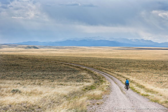 GDMBR: crossing the Great Basin in windy Wyoming